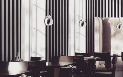 Secretul decorării spațiilor înguste: tapet decorativ cu dungi